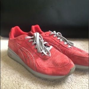 Ronnie Fieg / kith Super Red GT